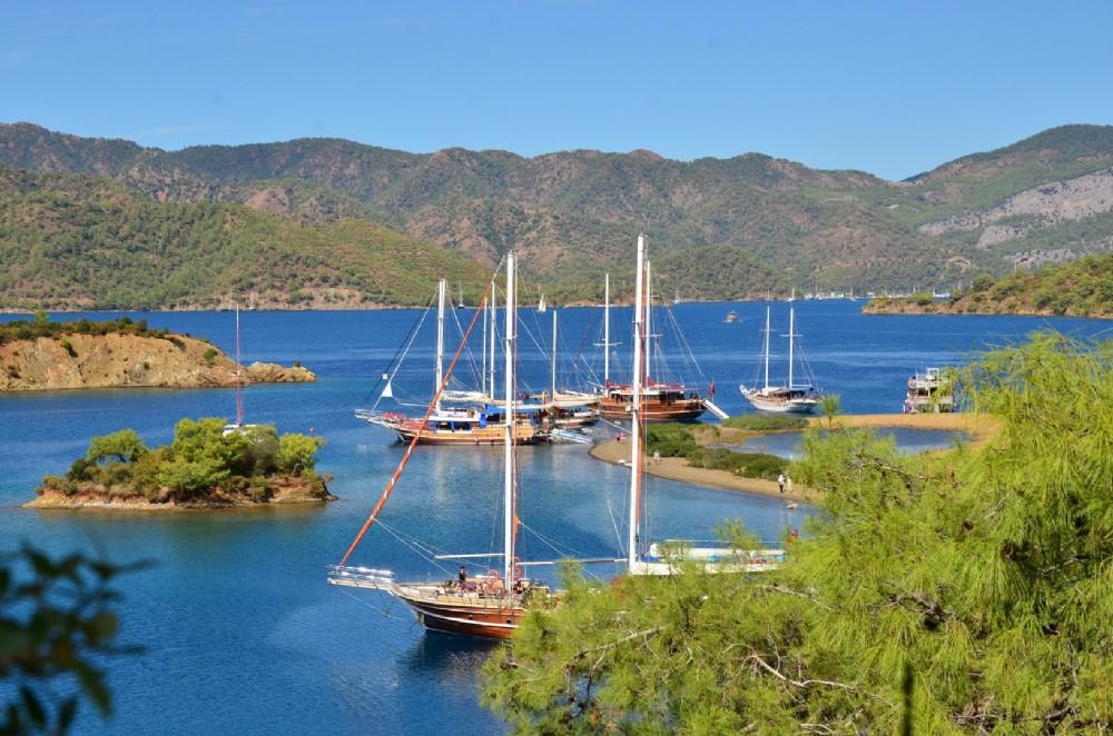 Fethiye 12 Adalar Göcek Tekne Turu-Yemekde ÇUPRA var.
