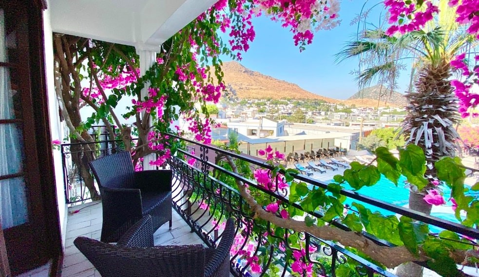 Mare Garden Hotel
