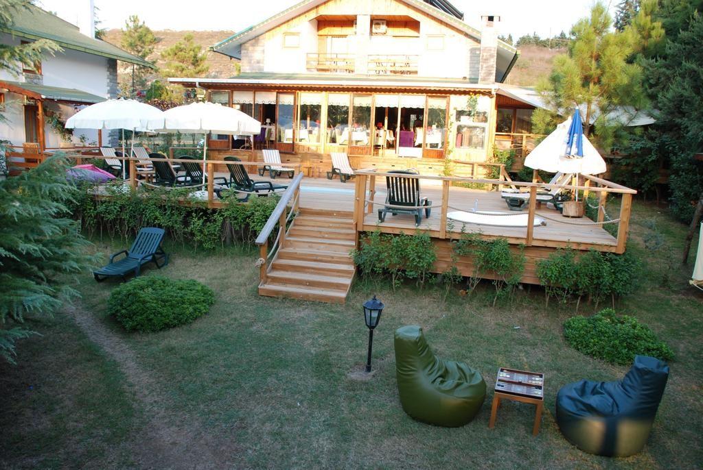 Tree Tops Park Hotel