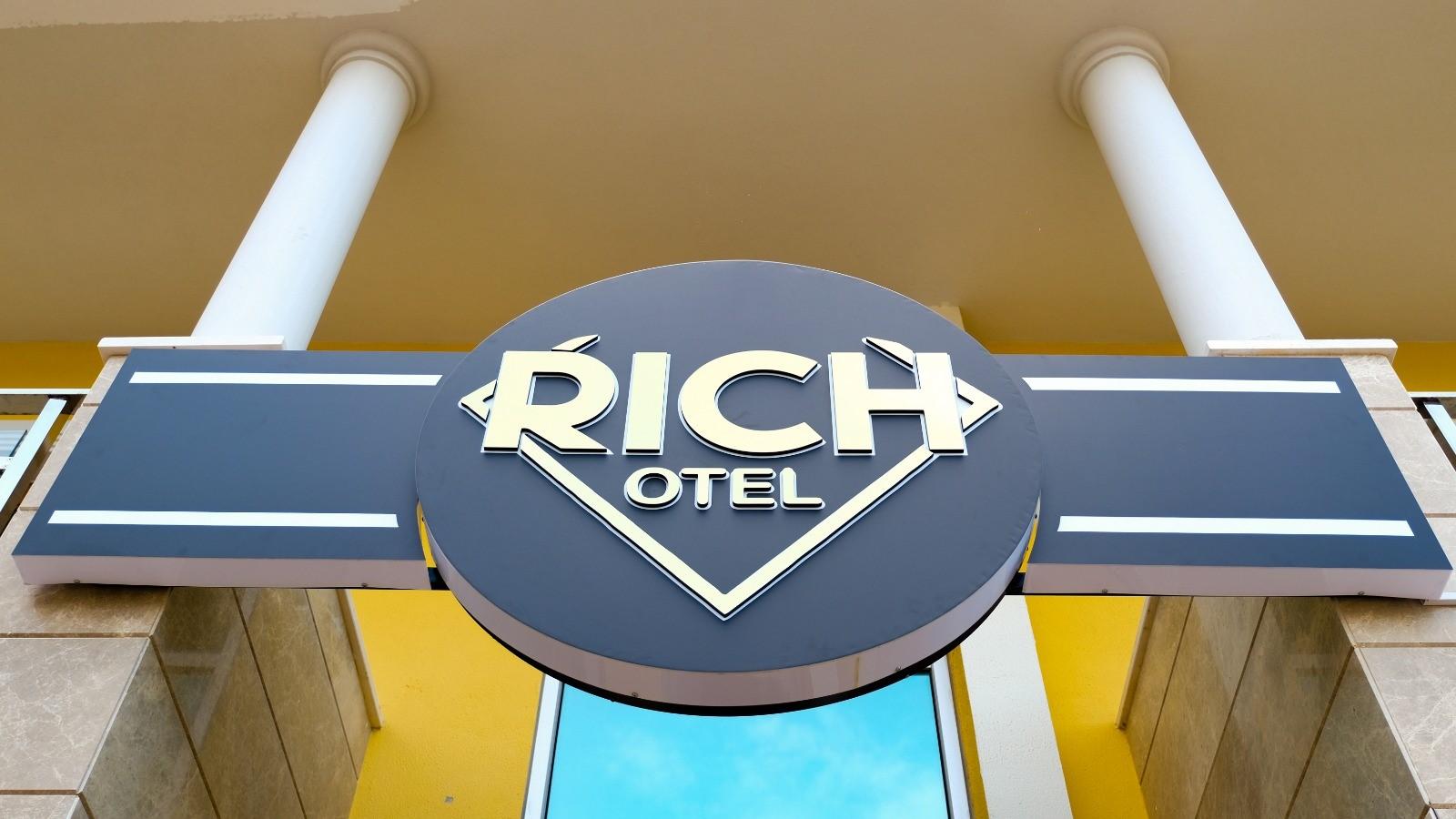 Rich Otel