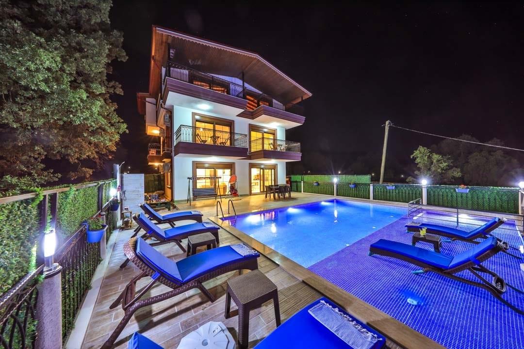 Villa Ases