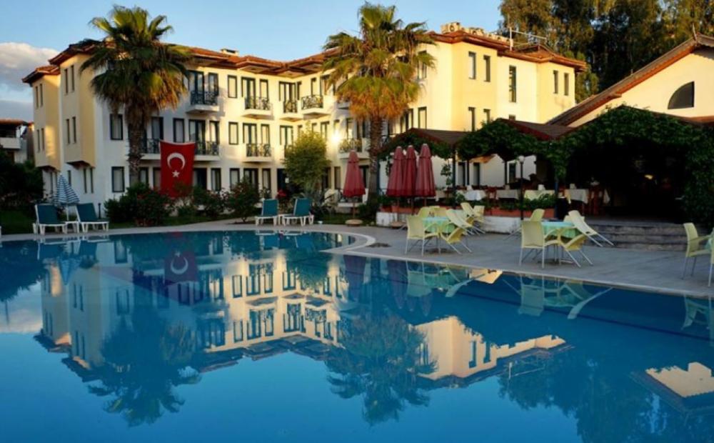 Bezay Hotel Fethiye Calis Beach