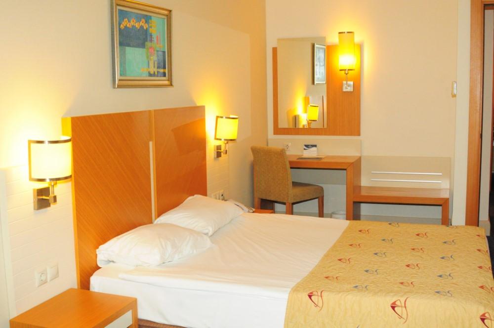 Crystal Admiral Resort Suites