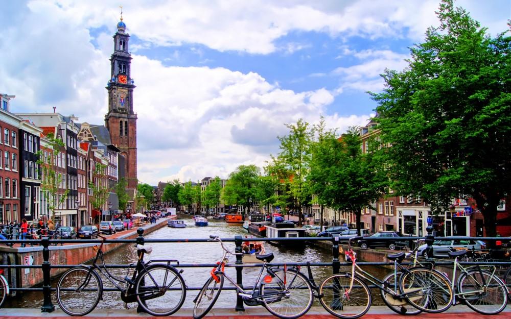 Amsterdam (Pegasus ile)