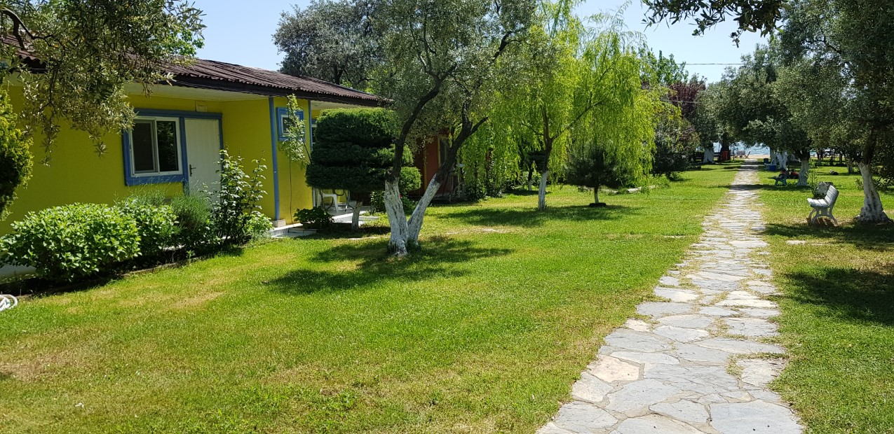 Fıstıklı Çiçek Evler Tatil Köyü