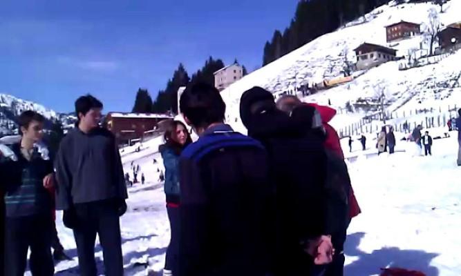 Kardan Adam Festivali Turu Pazar Çıkışlı