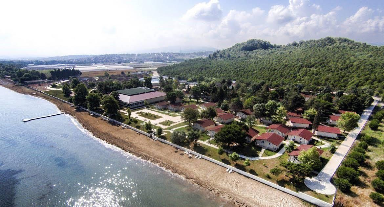 Rizom Tatil Köyü