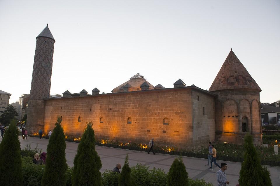 Doğu Karadeniz - Doğu Anadolu – Gürcistan Ahıska Gezisi